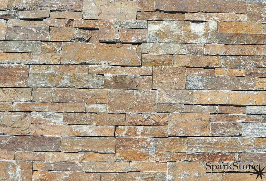 Exotic Natural Stone : Natural stone and pebbles create an exotic tropical style
